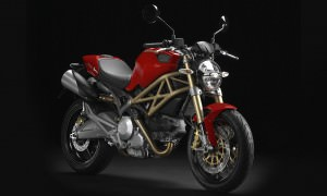 ducati-20th-anny-monster-motorcycle-B