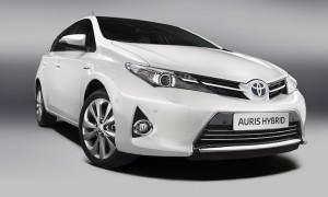 New_Toyota_Auris_Hybrid_01_2012