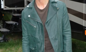 REPLAY-Paolo-Nutini-wearing-Replay-leather-jacket