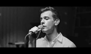 Josef Salvat – Diamonds (Live)