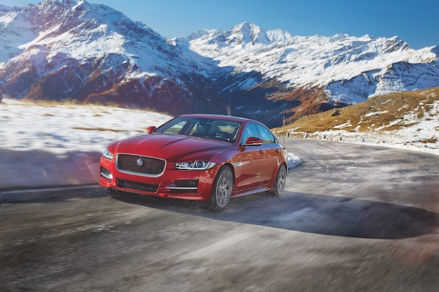 Jag_XE_17MY_AWD_Location_Image_181115_01