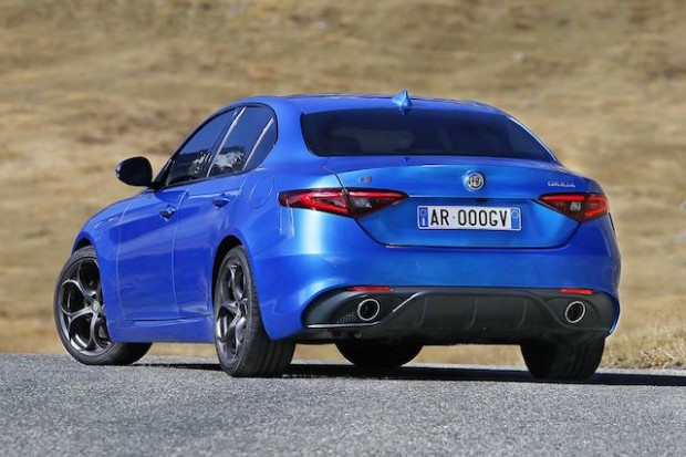 161122_Alfa-Romeo_Giulia-Veloce_02